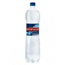 Вода минеральная Миргородская газированная 1,5л